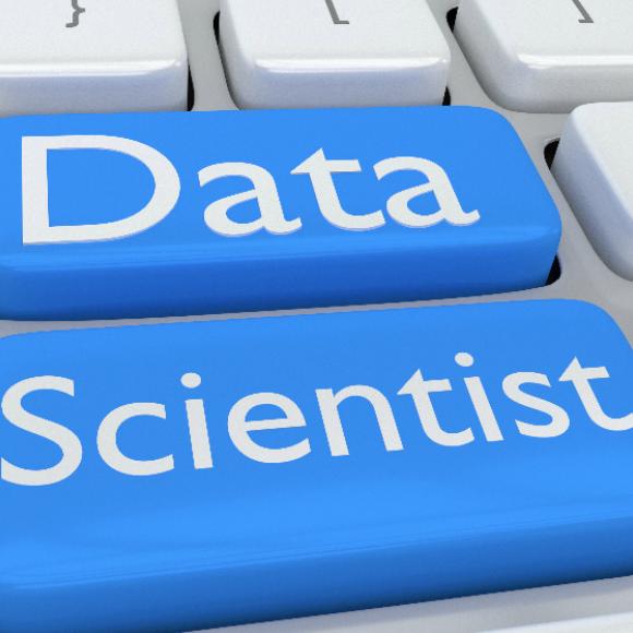 ¿Qué se debe tener en cuenta al contratar un científico de datos?